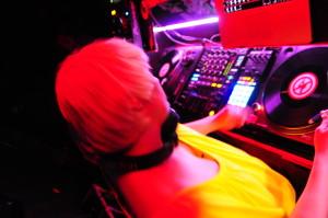 Sandra Gold DJing